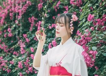 穿和服的少女真美