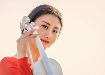 花田里的氧气美女