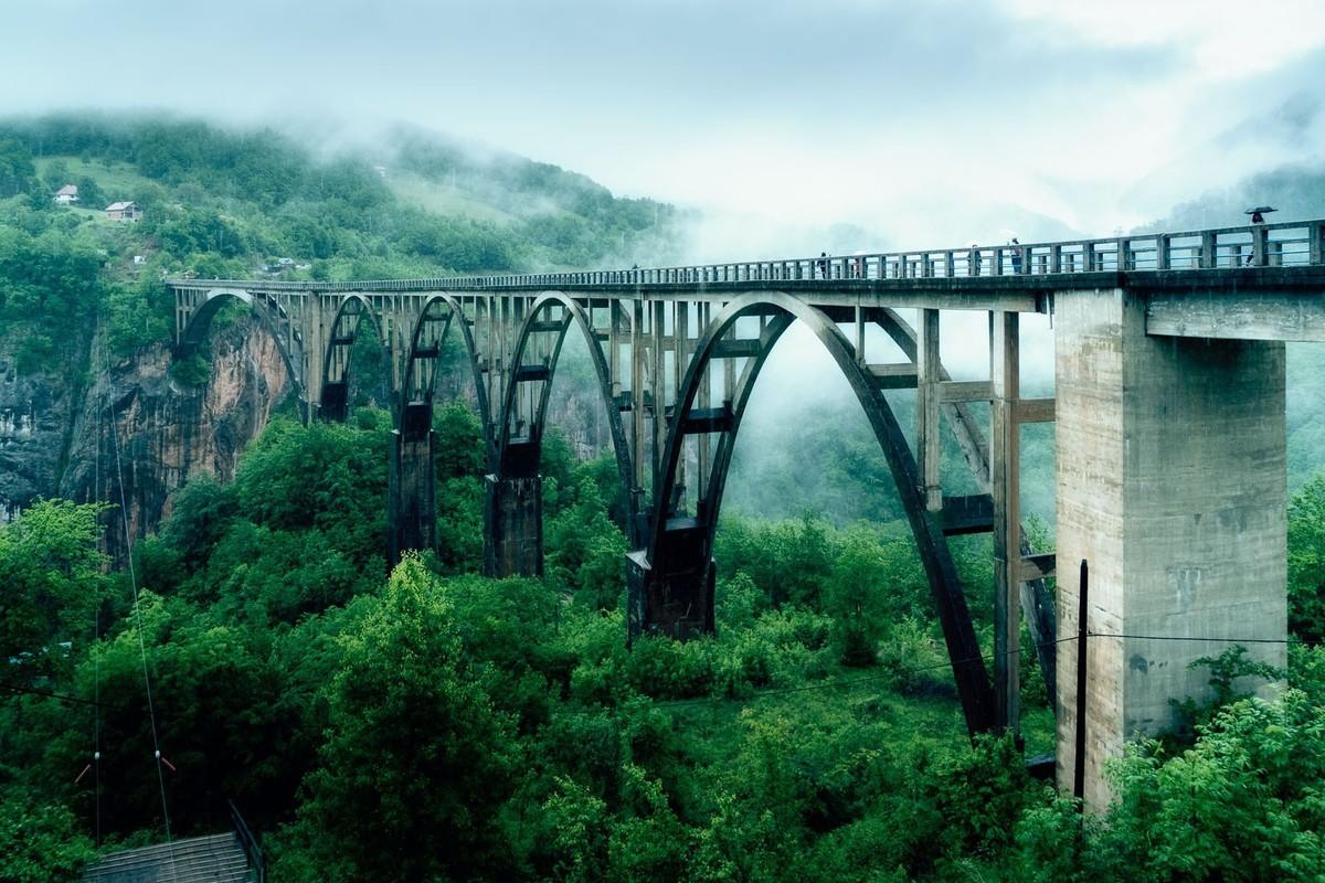 黑山塔拉大桥