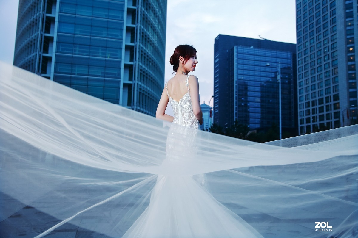#回顾2019# 街拍婚纱礼服