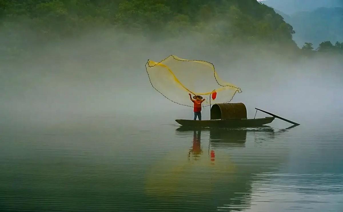 湖南郴州--雾漫小东江1