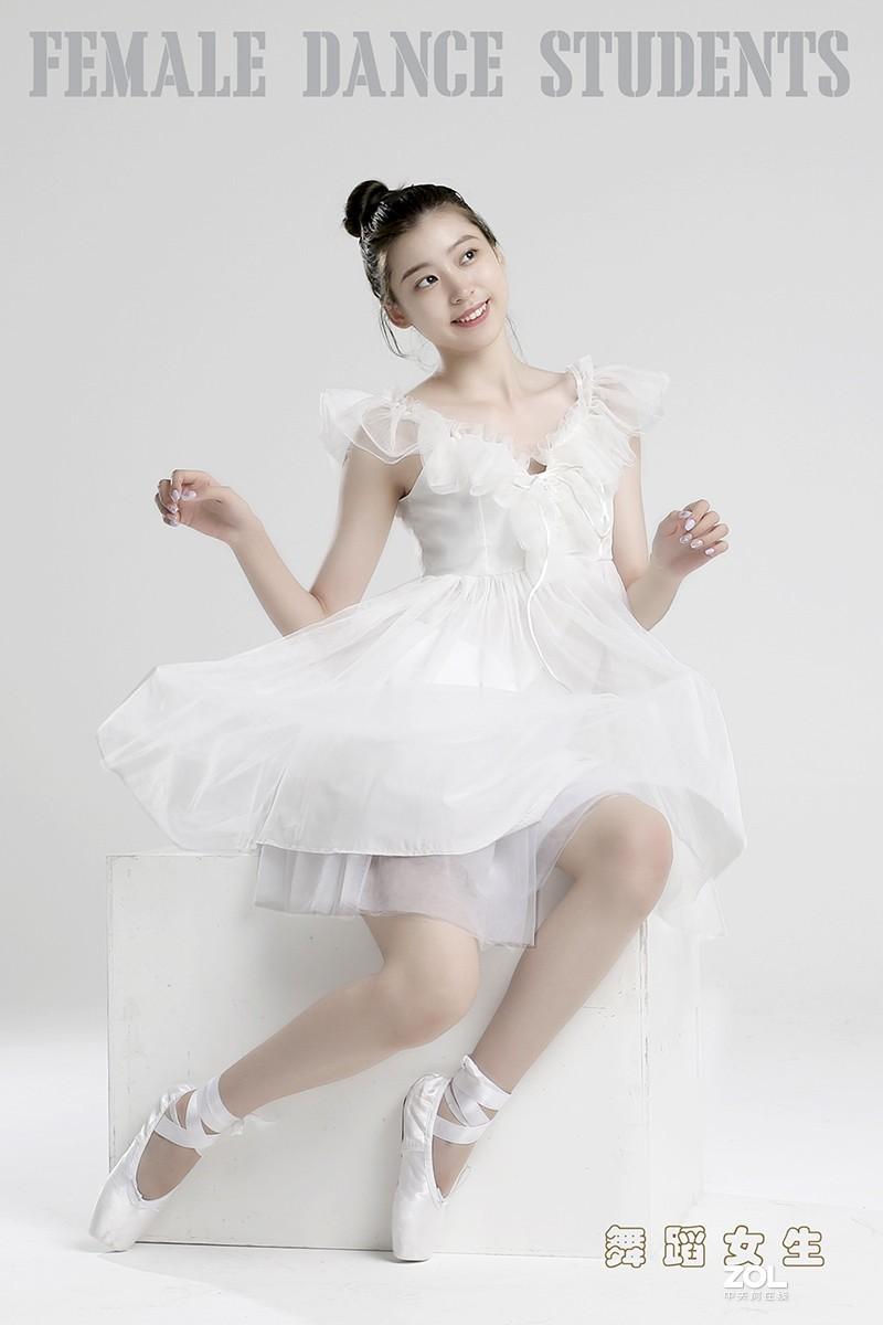 舞蹈女生(二)