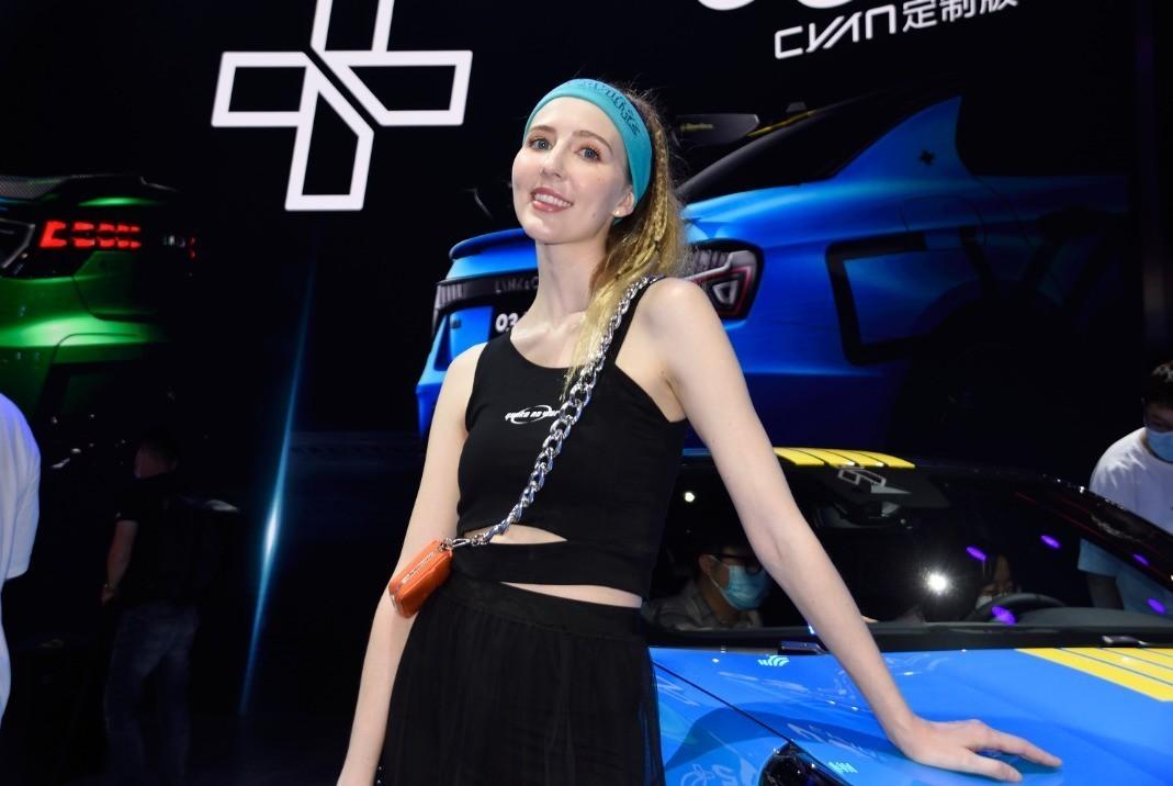 2021.8.29,成都24届国际车展模特照片。