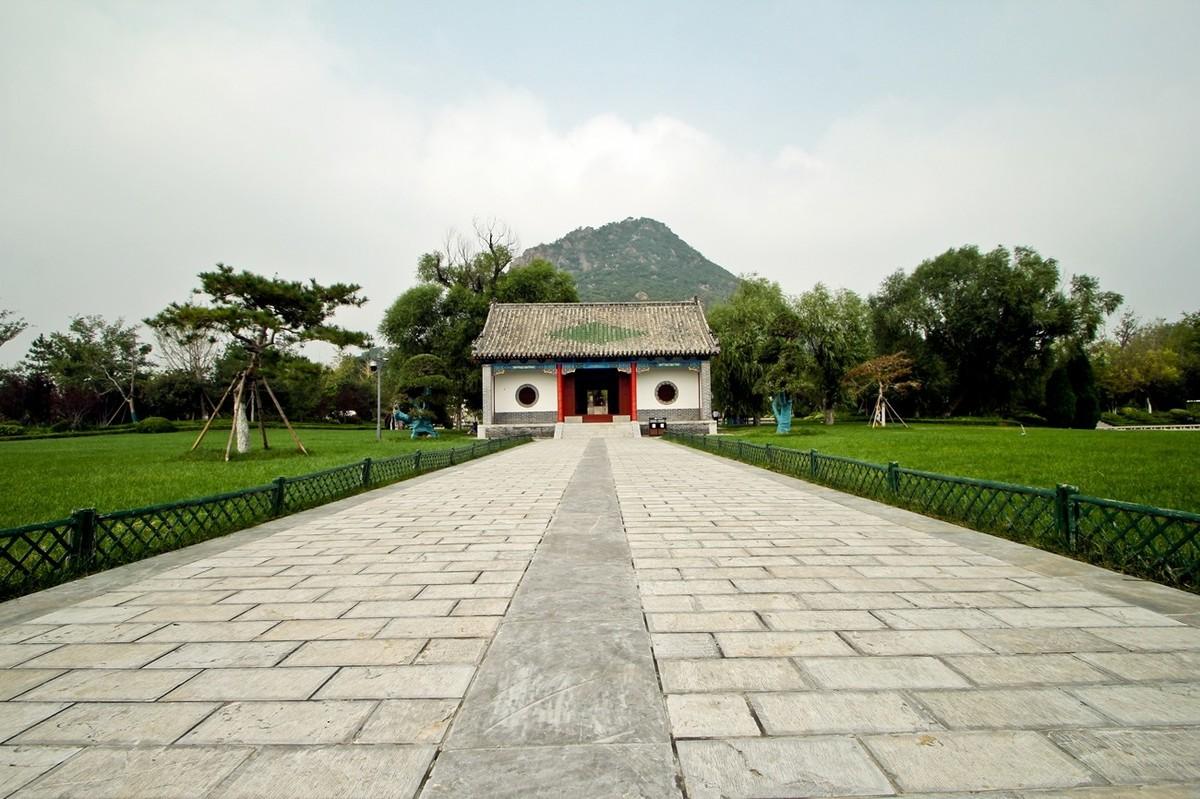 济南——华山公园秋景