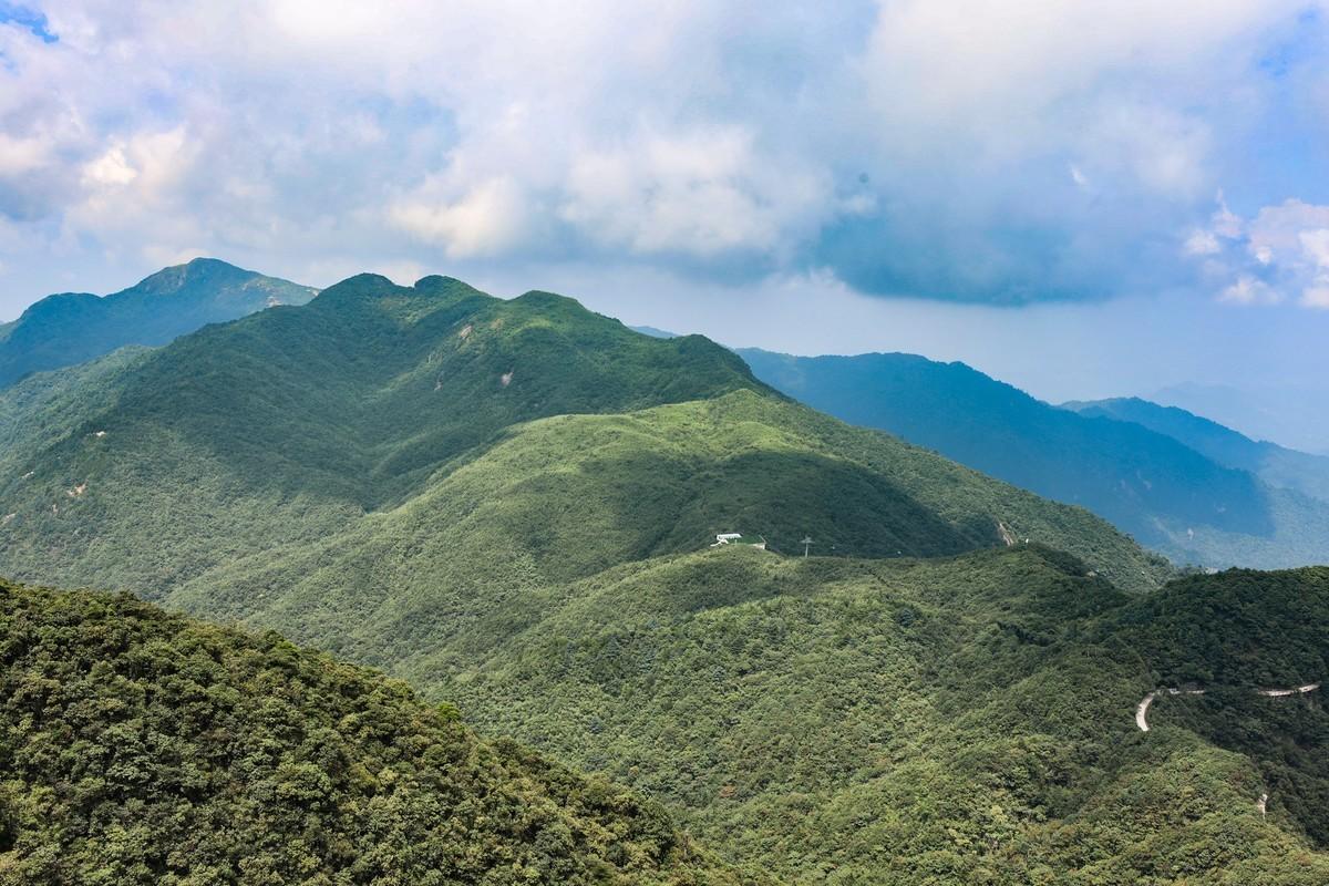 湖南郴州--莽山地质公园五指峰(完)