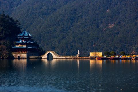 富春江芦茨村--2(长焦)