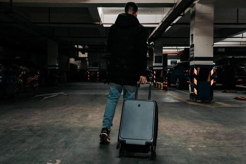 30秒过安检是一种怎样的体验?地平线8号商务登机箱评测
