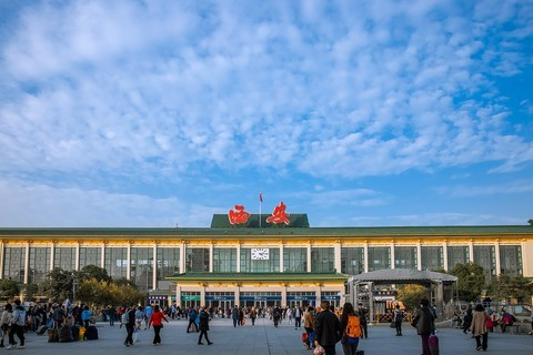 西安火车站南广场风光