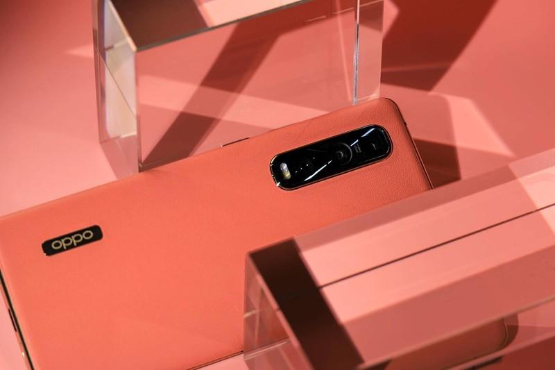 华为P40屏幕或成遗憾,OPPO Find X2系列120Hz超感屏坐稳最强屏幕?