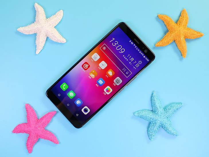 4999元值了!HTC U11+评测:工业设计感人、系统突变