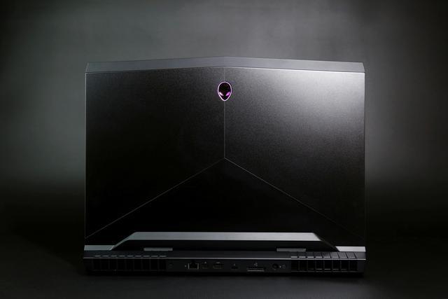 感受八代Intel酷睿移动CPU的力量—Alienware 17R5简单评测