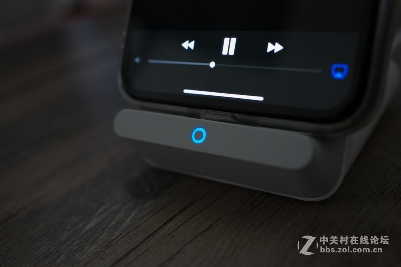 充满iPhone XS Max只需2.5小时!PowerWave 7.5 Stand 三模无线快充底座体验
