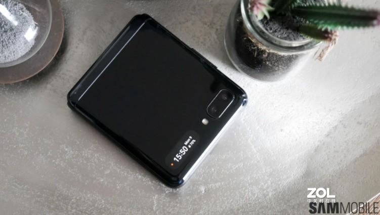 性价比定位:Galaxy Z Flip Lite将让更多用户用上可折叠产品