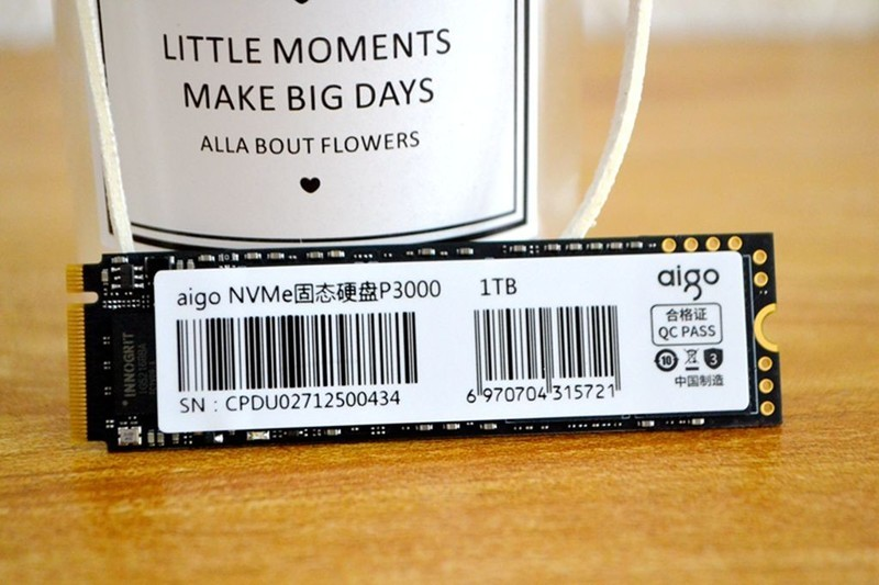 1TB曾经读写3200每秒的NVMe天价固态,如今已成白菜价!aigo干的