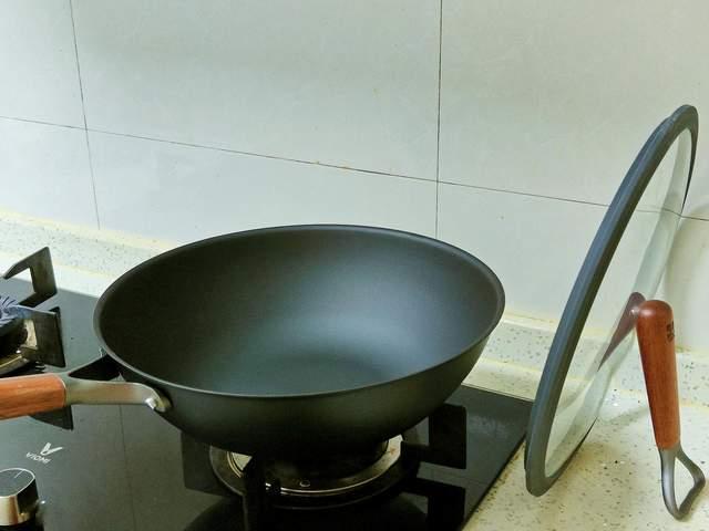 一餐好饭 一口好锅 三禾窒氮轻铁锅
